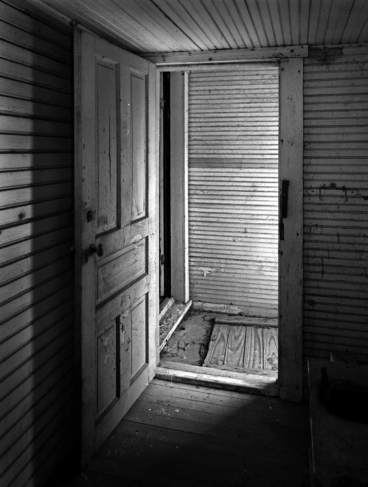 Doorway, New Burlington photo by Jay Snively